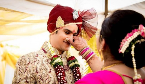 gujurati-and-marwadi-wedding-traditions.jpg
