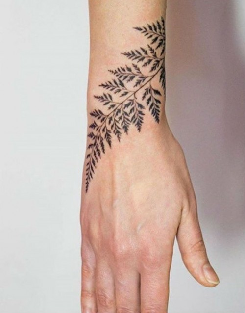 amazingly-attractive-wrist-tattoo-ideas-02-1.jpg