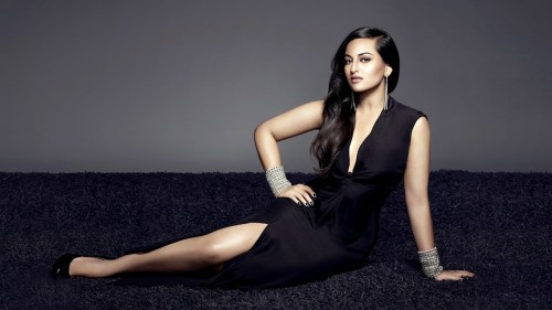 hot-sonakshi-sinha-sexy-photoshoot-picture.jpg