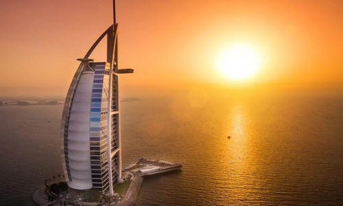 Dubai-Holiday-Tour-Packages.jpg